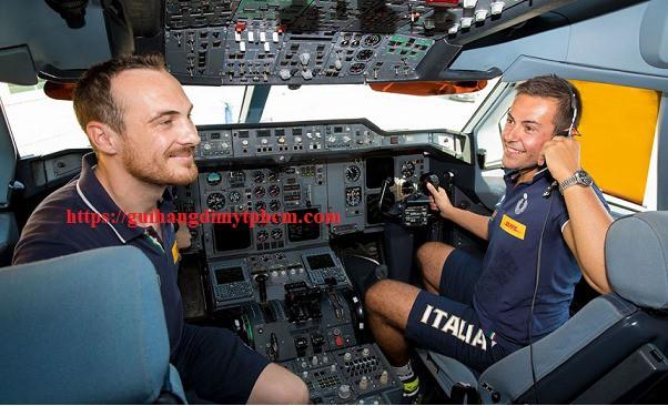 dhl 1 - Dịch vụ DHL tại quận 10 - Gửi hàng đi Mỹ , Úc, Anh , Đức...
