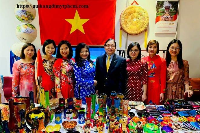 Hội chợ từ thiện quốc tế