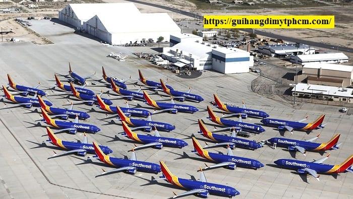 Cắt giảm chuyến bay