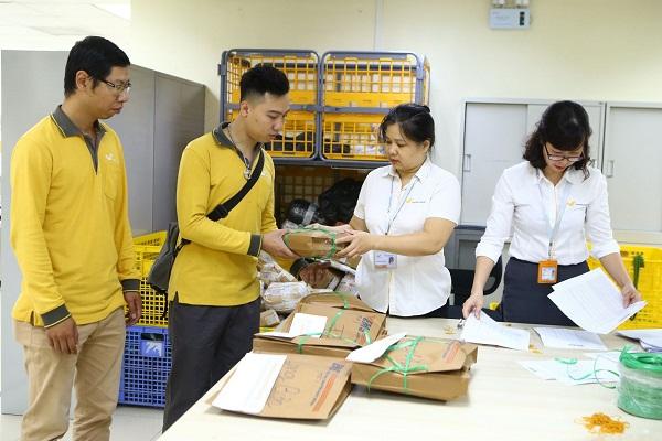 cach gui hang qua buu dien 2 - Hướng dẫn cách gửi hàng qua bưu điện mới nhất 2021