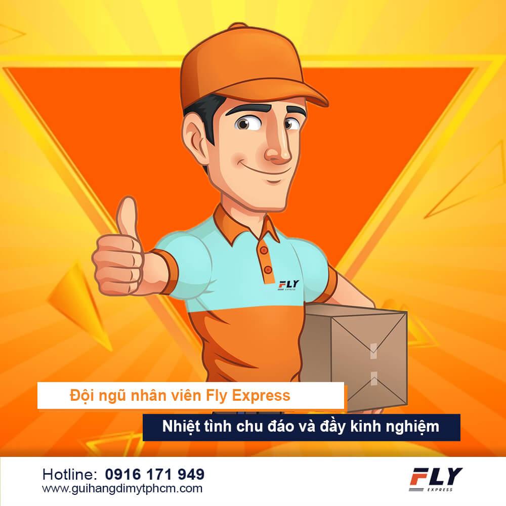 nhân viên fly express nhiệt tình